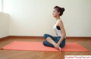 Kinh nghiệm nên mua thảm tập Yoga loại nào tốt nhất 2